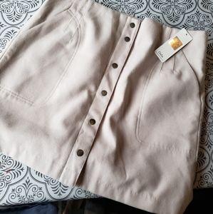 NWT Dalia skirt